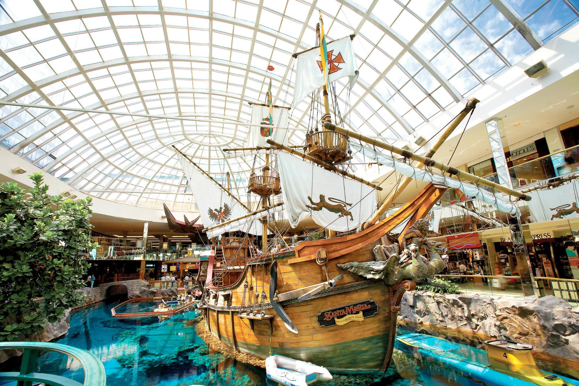 De binnenkant van West Edmonton Mall