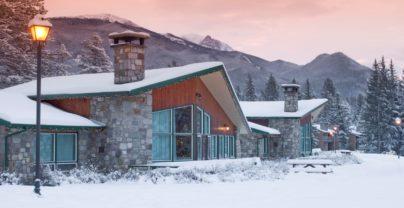 Combineer Edmonton en Jasper: Fairmont Jasper Park Lodge